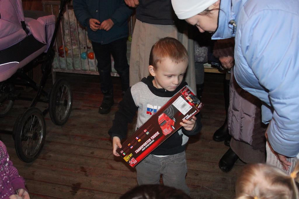 Поздравление бездомных с Рождеством Христовым