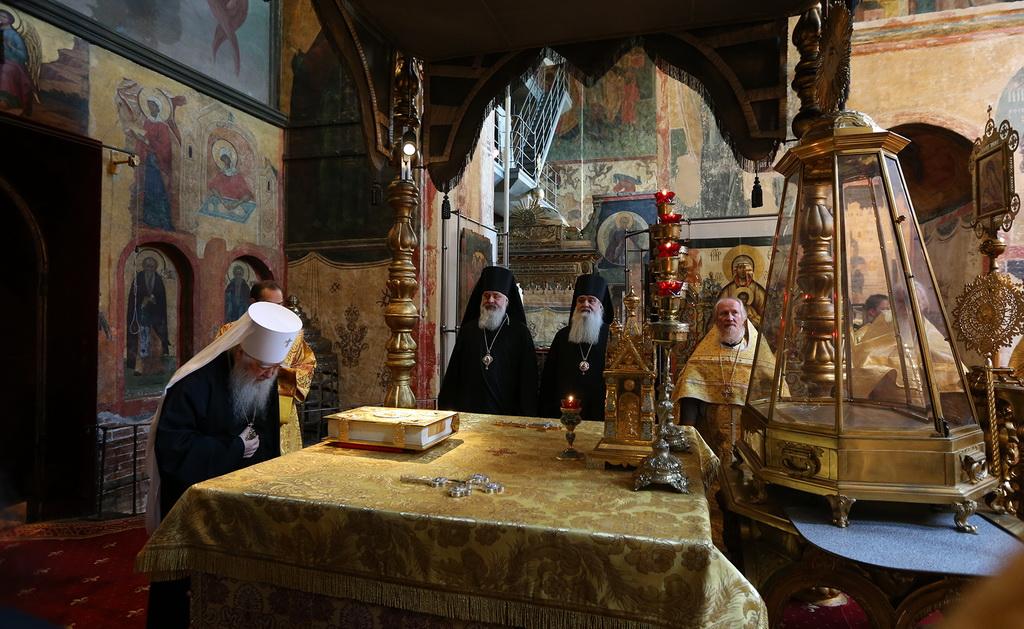 Богослужение в Кремле